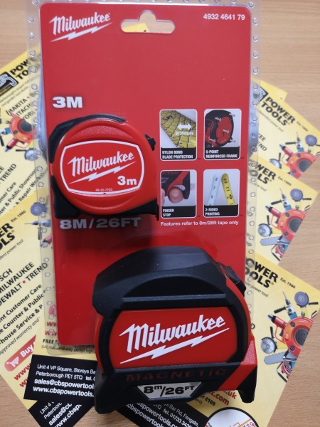 Milwaukee Twin pack of Tape Measures (3m & 8m) 4932464179
